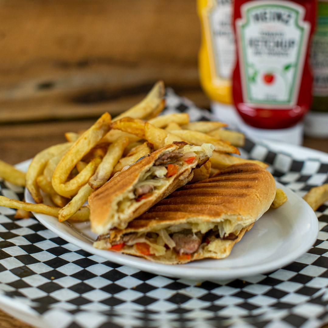 Sous-marin Philly cheese steak (Vedette des vendredis et samedis)